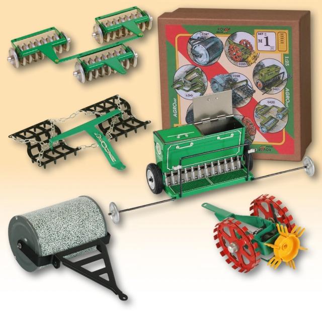 Plechové modely -příslušenství k traktoru Agroset