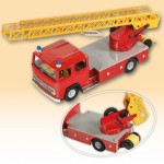 plechové modely - Mercedes hasič